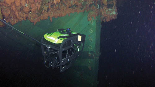 A Fleet Diving Unit (Atlantic) remotely operated vehicle (ROV) videos the Breadalbane's stern Photos: © 2014 DND-MDN Canada